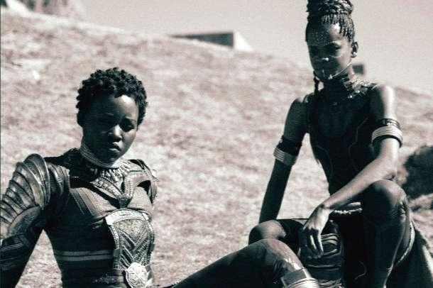 《黑豹》三岁啦!漫威官方晒图庆祝,粉丝悼念查德威克·博斯曼