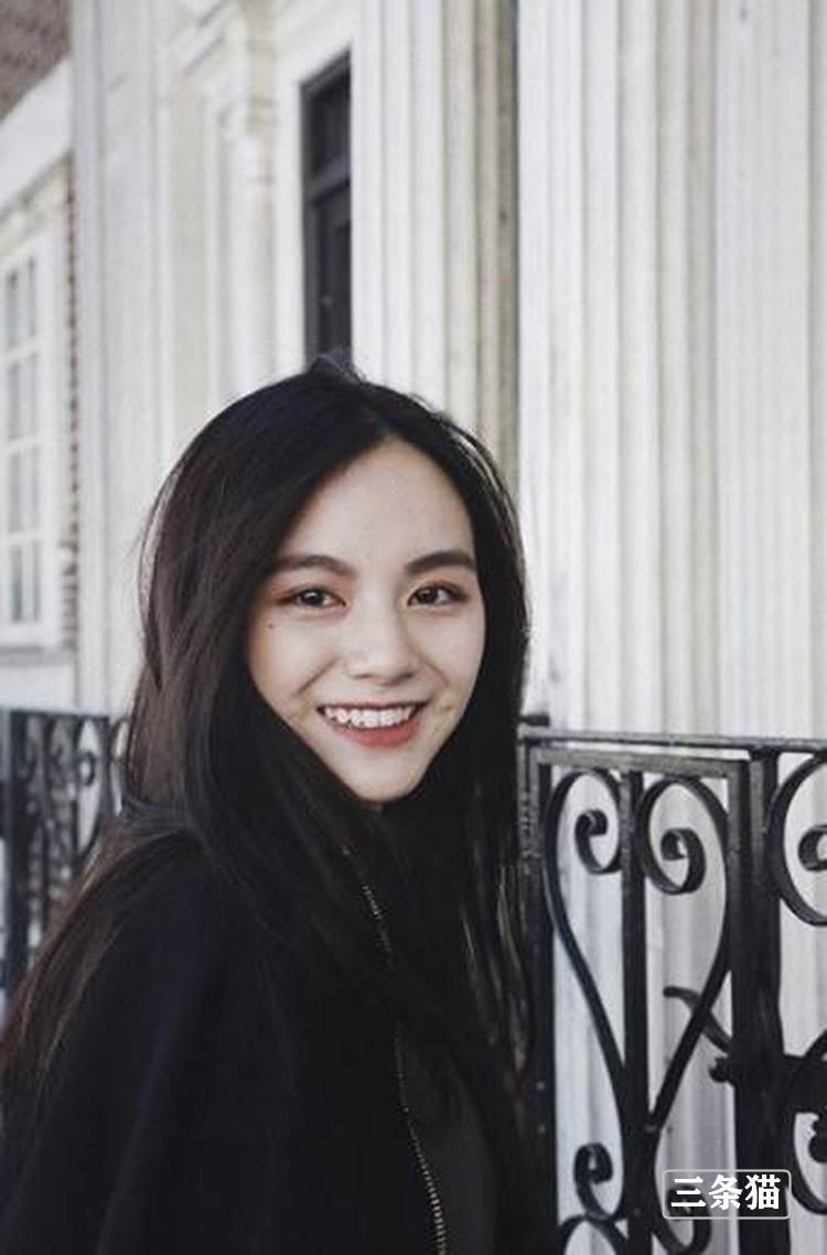 陈思妤(双双)个人资料及生活照片欣赏 雨后故事 第4张