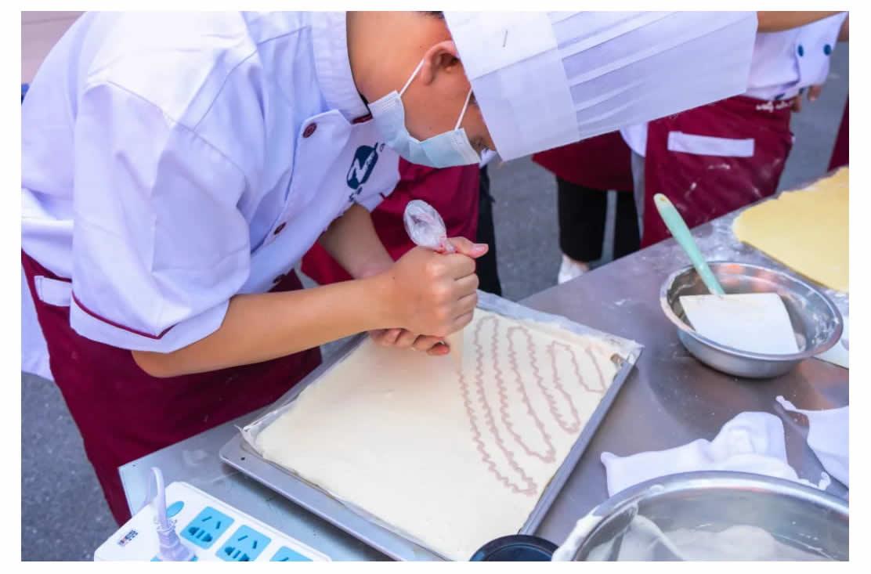 烹饪(中西式面点_高中起点三年制)-1_r6_c1.jpg