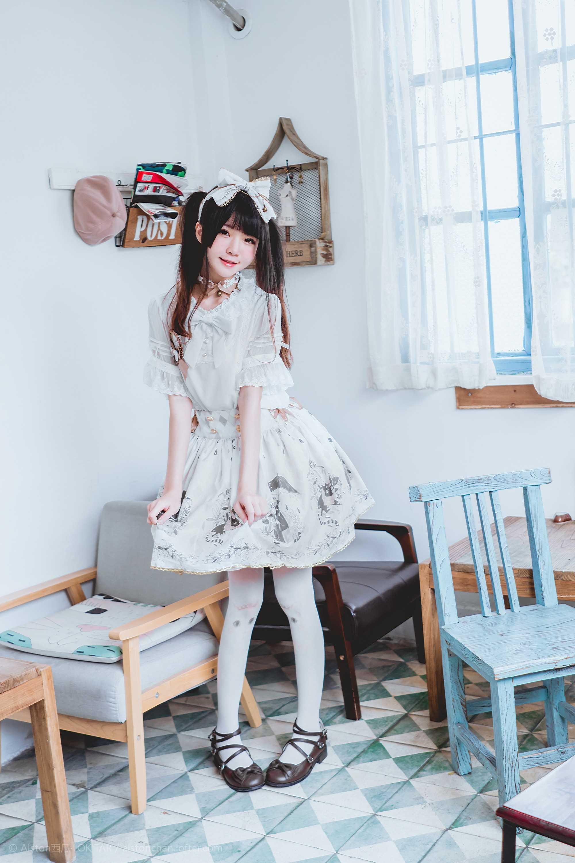 免费⭐微博红人⭐桜桃喵@写真cos-雨中的猫(桜桃喵)【10P】插图8
