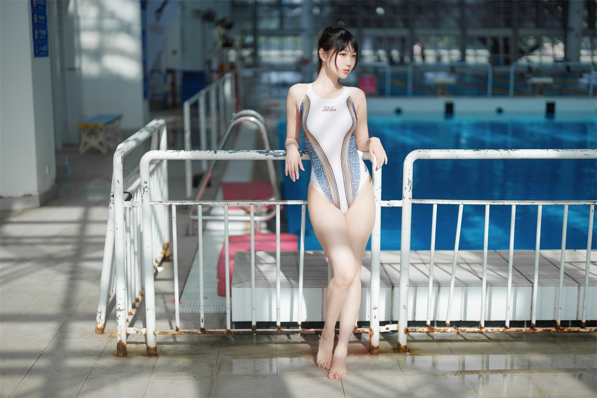 ⭐cos套图⭐周叽是可爱兔兔-清纯美女@NO.001 竞泳 [36P3V-627MB]插图1