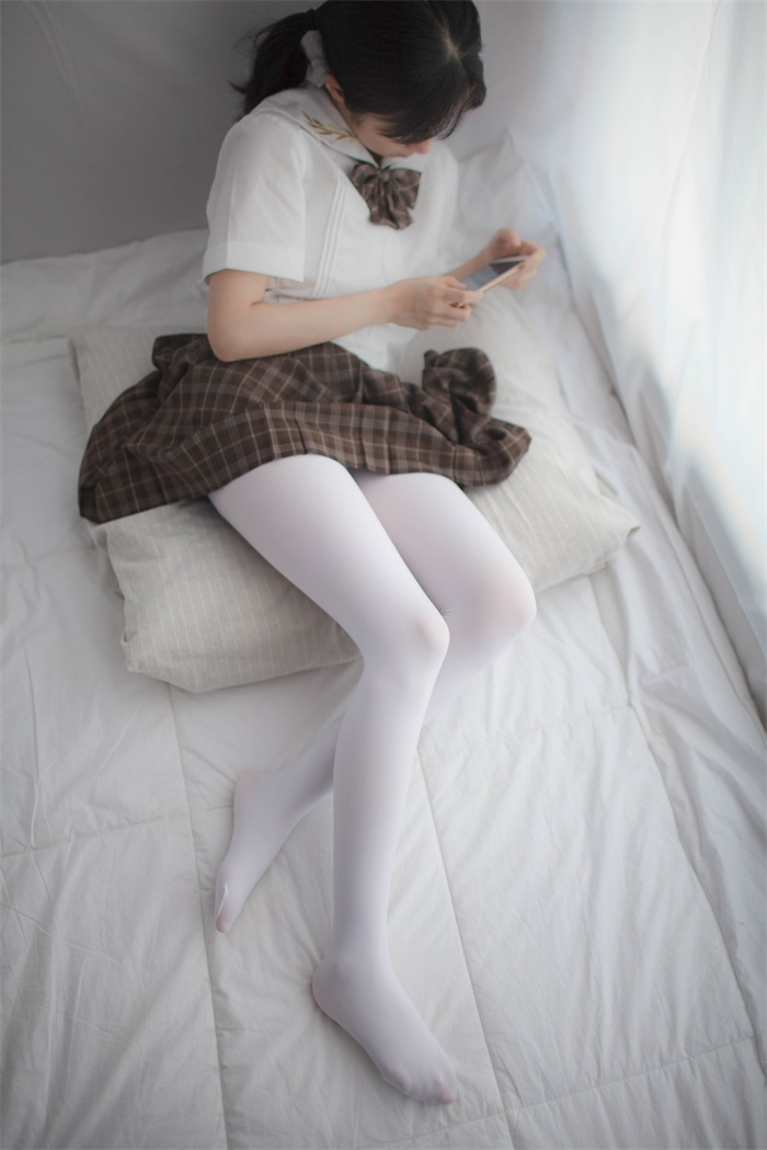⭐少女秩序⭐美丝写真-VOL.007新买的黑丝[55P/171MB]插图(1)
