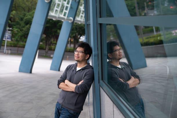 2019年,YouTube联合创始人陈士骏从旧金山搬回了台湾。自从新冠病毒疫情暴发以来,他在硅谷的朋友们已经加入到他的行列中来。