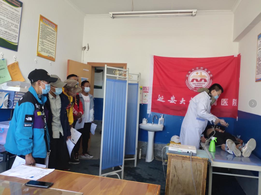 延大附院援藏医疗队联合措勤县人民医院完成今年征兵体检任务