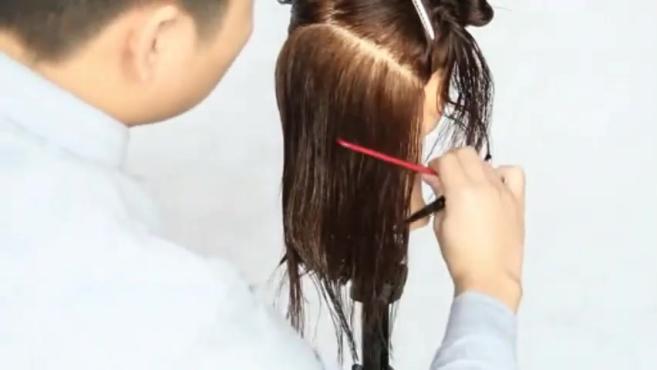 第二款发型修剪视频 内扣发型(雅正美发原创)_标清