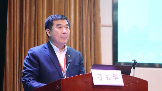 2020年全国综合性大学医学教育学术会议在郑州隆重召开