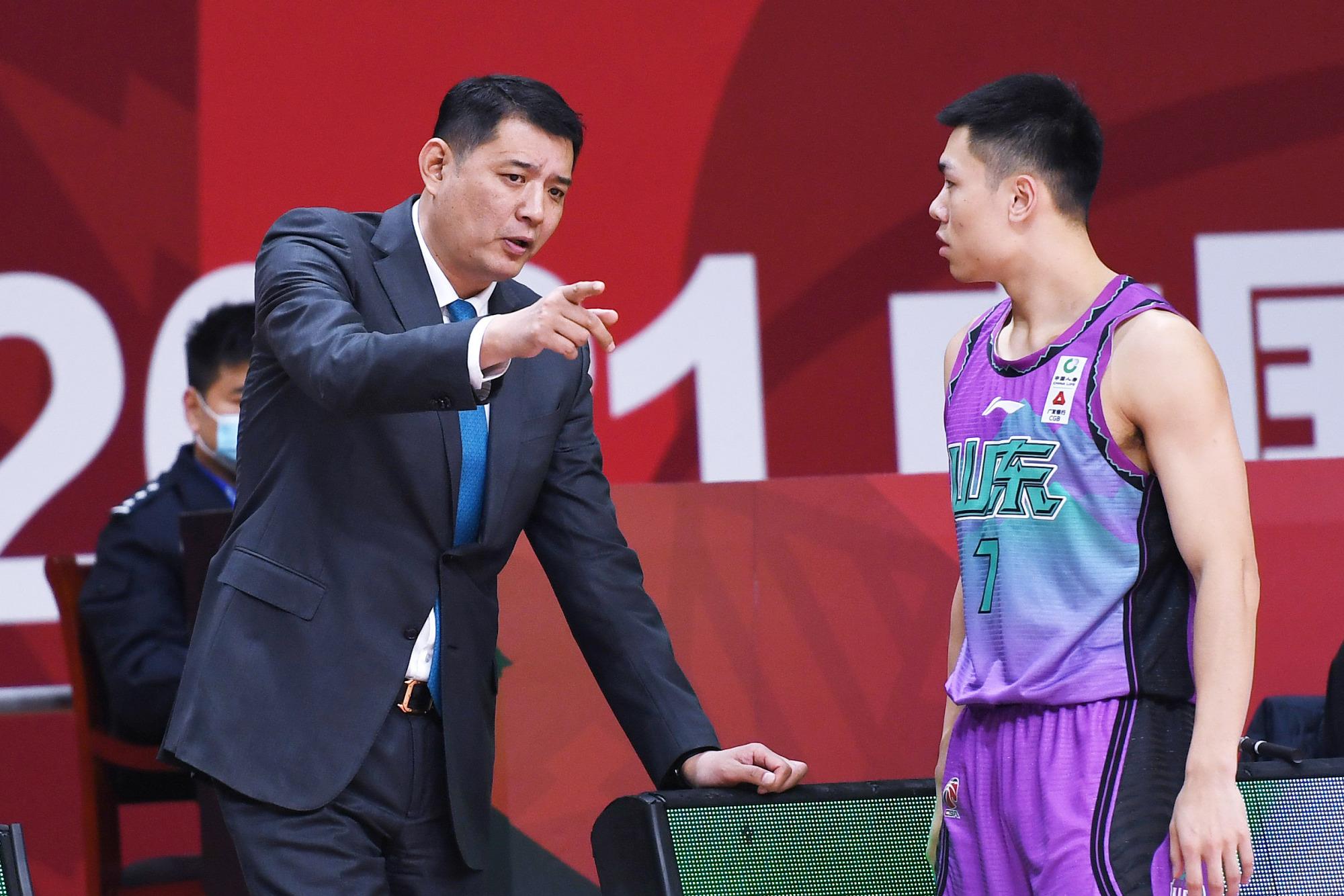 山东男篮的输球方式比较意外,关于刘毅的使用需避开习惯性误区