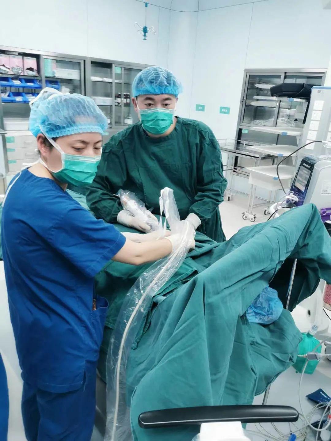 无痛不留疤!3 mm 切口拿下 3 cm 大小乳腺肿瘤,麦默通微创手术了解一下
