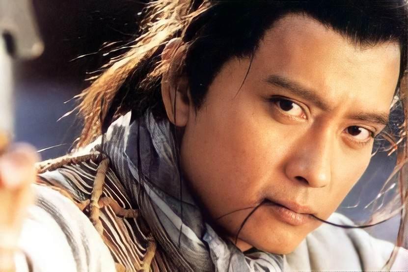 《仙劍》里的酒劍仙,多年「沉迷」話劇,他新劇合作官鴻甘當綠葉