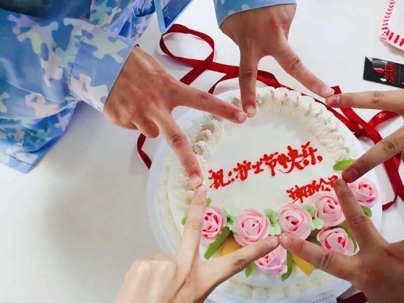 上海新起点康复医院:天使在人间,致敬「 五心护士」!