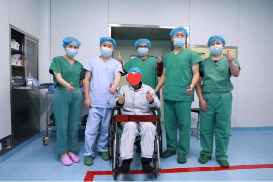 真情帮扶惠民生!深眼医与旺苍县人民医院共建眼科中心