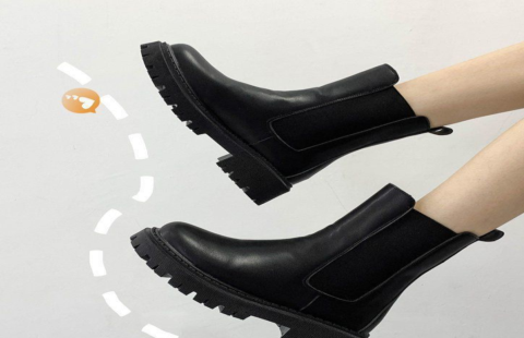 时尚英伦风马丁靴,防滑耐磨鞋底,引领潮流新风尚