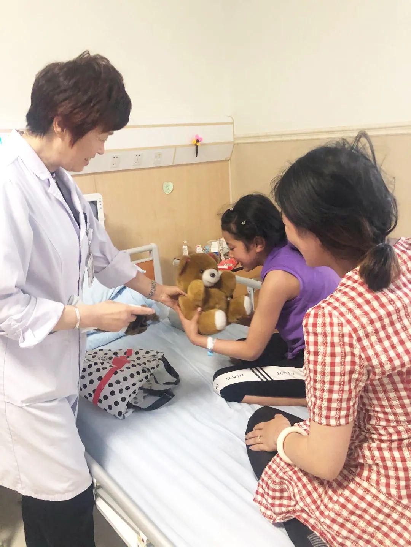 藏族女孩千里求医&1 岁患儿多次就诊终保完整眼球