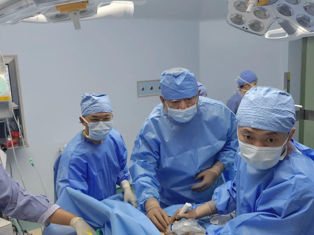 珠海市人民医院陆骊工院长带队赴澳门开展介入医学交流系列活动
