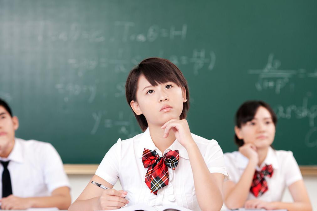 你还在刷题吗?2021年高考命题的风向又有新变化了!