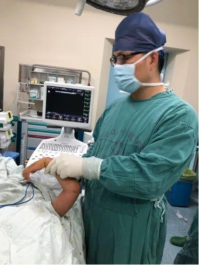 儿童肱骨外髁骨折治疗新方法:妈妈再也不用担心孩子吃射线了