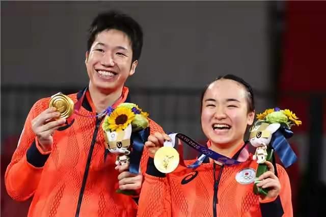 美国最后一天登上奥运金牌榜首