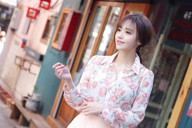 夏天想要出行美美哒,吸睛力十足的花衬衫来一件!甜美优雅超有范