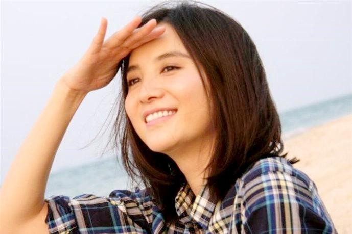起步洗頭妹,發力蕭紅,樂演南儷,40+的宋佳不婚不育不懼中年