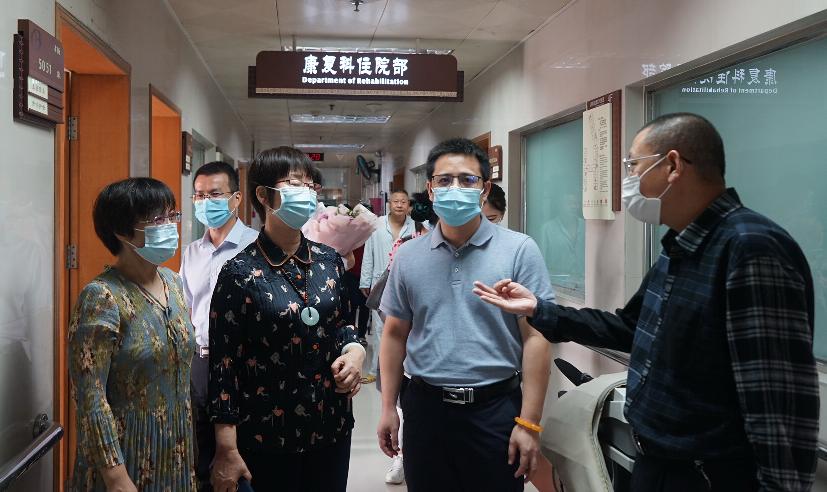 岭南妇科名家王小云教授「双工作室」正式落户宝安中医院(集团)