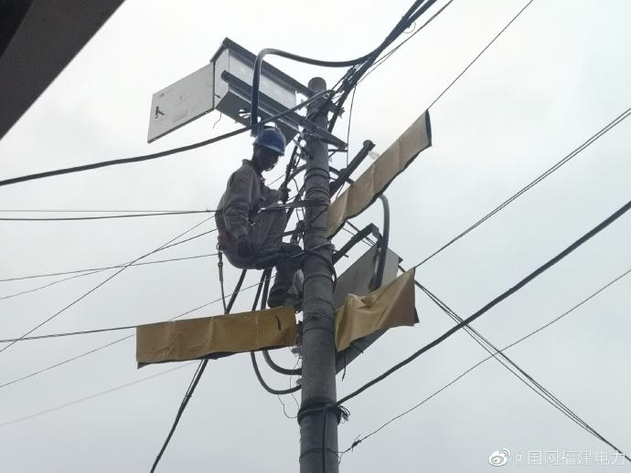 国网南安电力 配变增容改造稳供电