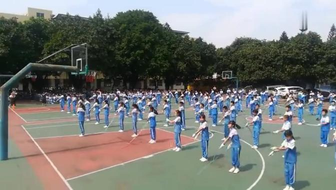 广州市白云区同心小学跳绳比赛