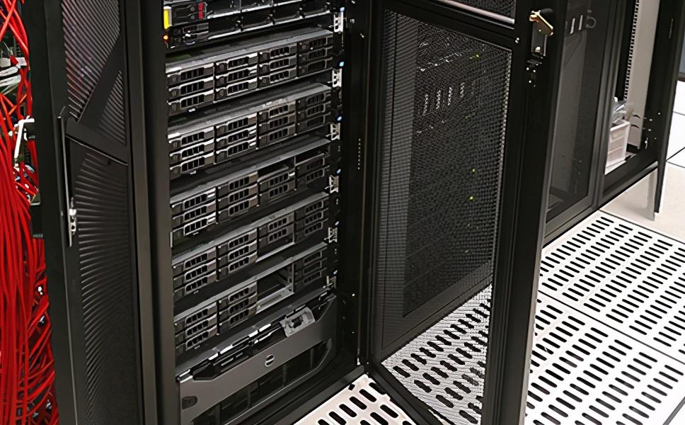 美国服务器配置有哪些选择 适合新手  第1张