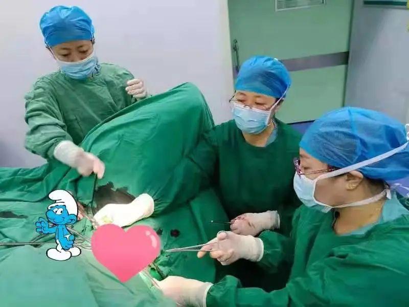 顺利产子:赤峰市宁城县中心医院为高危高龄孕妇妈妈保驾护航