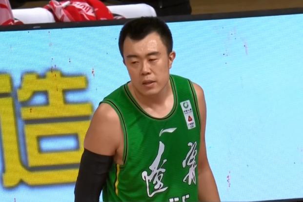 郭艾伦关键时刻制胜,赵继伟MVP,辽宁男篮有惊无险取得6连胜