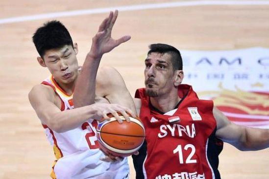 中国三人男篮遭遇四连败,暴露出哪些不足?