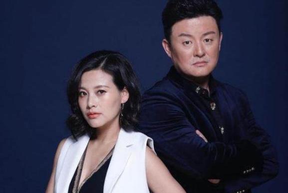 """两人同是低调演员,剧里剧外皆为""""夫妻档"""",今相爱多年0绯闻"""