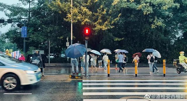 台风狮子山实时路径最新消息 17号台风狮子山在哪里登陆