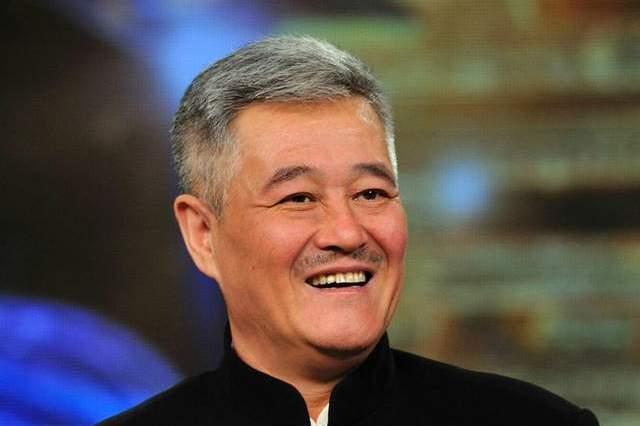 27年内送别8位故人,白发人送黑发人,赵本山的悲痛有谁知?