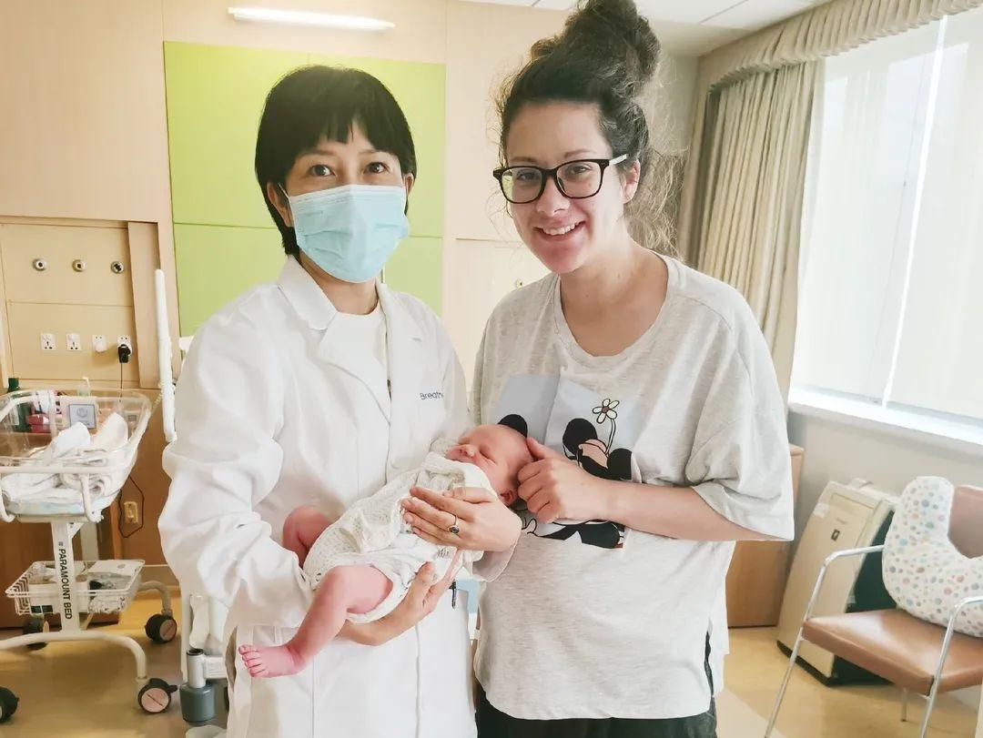生命面前无国界,外国夫妻在杭州顺利安心生娃