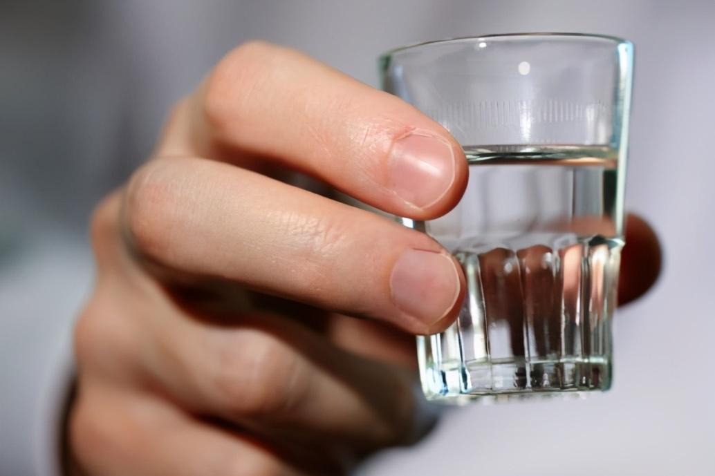 酒问|为什么白酒会有苦味,发苦的酒都是劣质酒吗