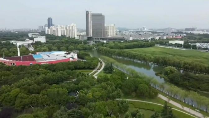为何上海松江区是最宜居的城市之一?看看城市的绿化