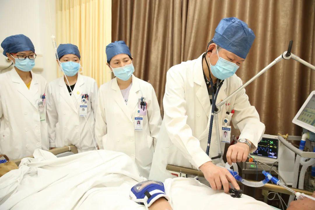 同济大学附属同济医院吴先正获 2020 年「上海好医生」称号