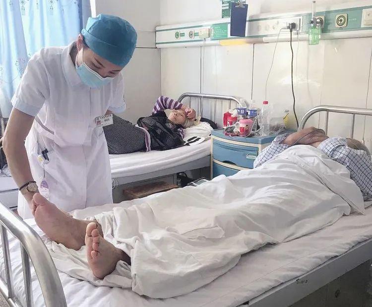 玉田县中医医院脑病二科开创取栓新时代