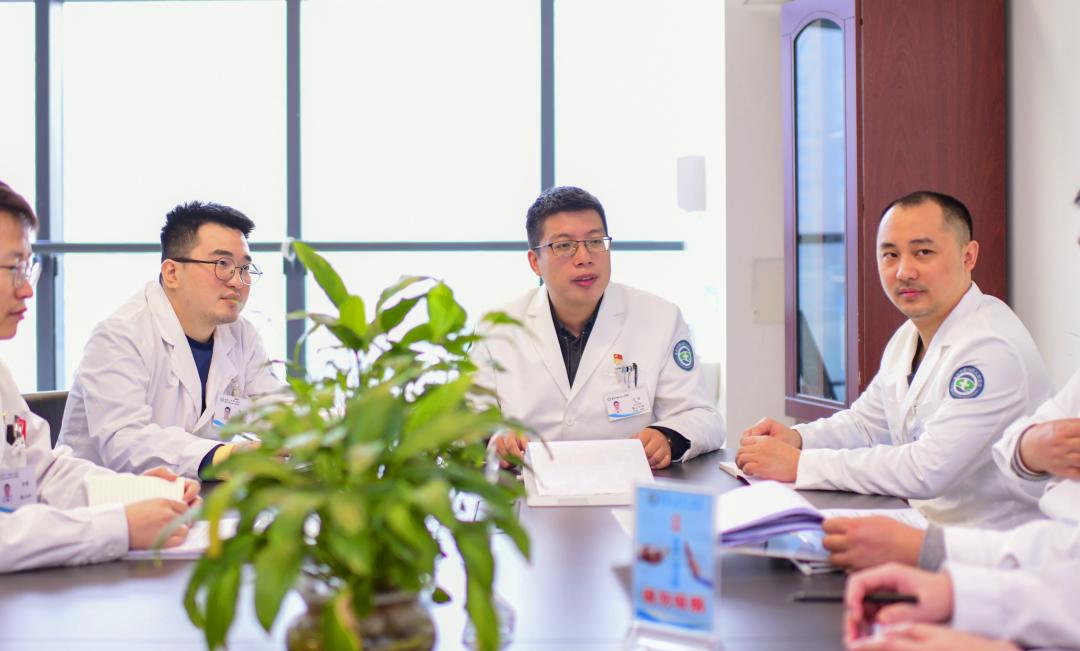 重庆市璧山区人民医院完成璧山首例心脏双瓣膜置换同期房颤射频消融改良迷宫手术