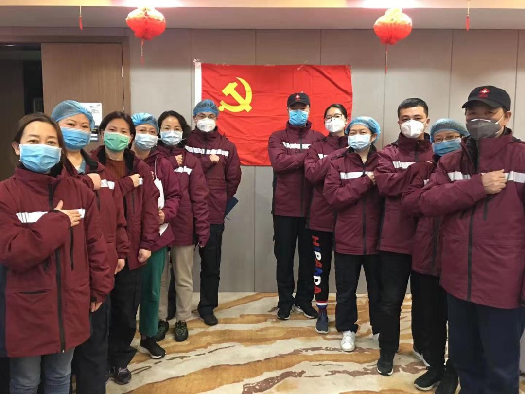 西安交通大学第一附属医院呼吸与危重症医学科朱柏、感染科蔺淑梅荣获「全国三八红旗手」称号