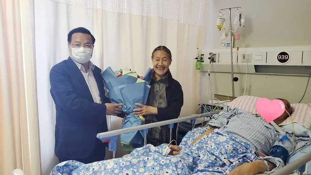 中国康复医学会方国恩会长莅临新起点康复医院参观指导工作
