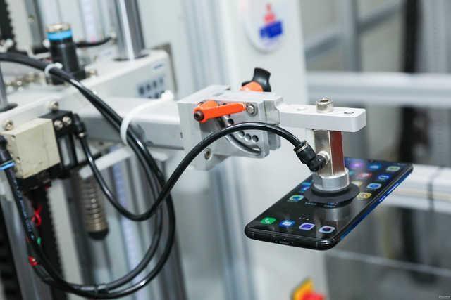 vivo中心实验室通过国家权威认证 多项测试标准远超行业标准