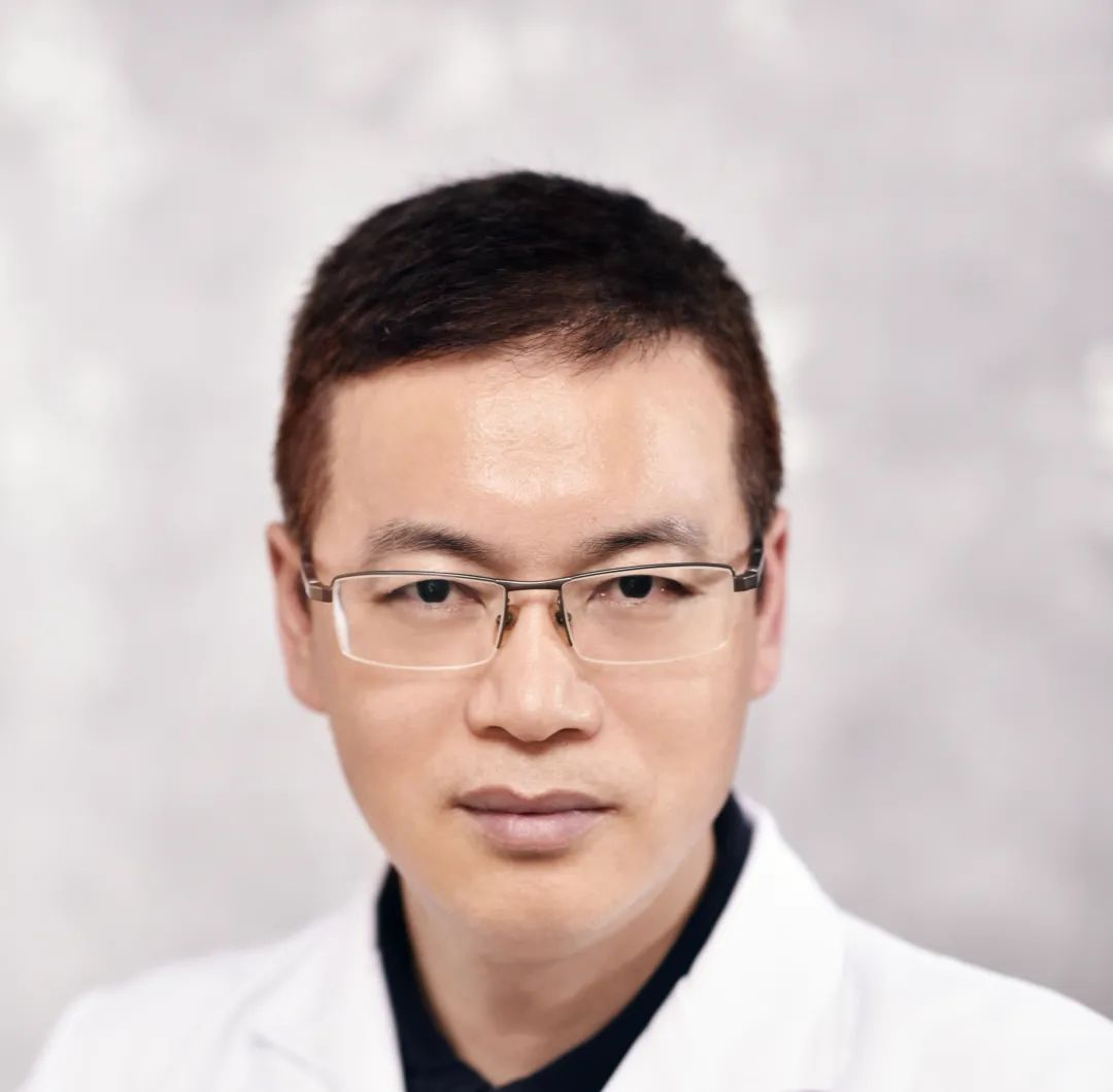 David Cunningham 教授参与直肠癌中晚期国际会诊,患者成功保肛