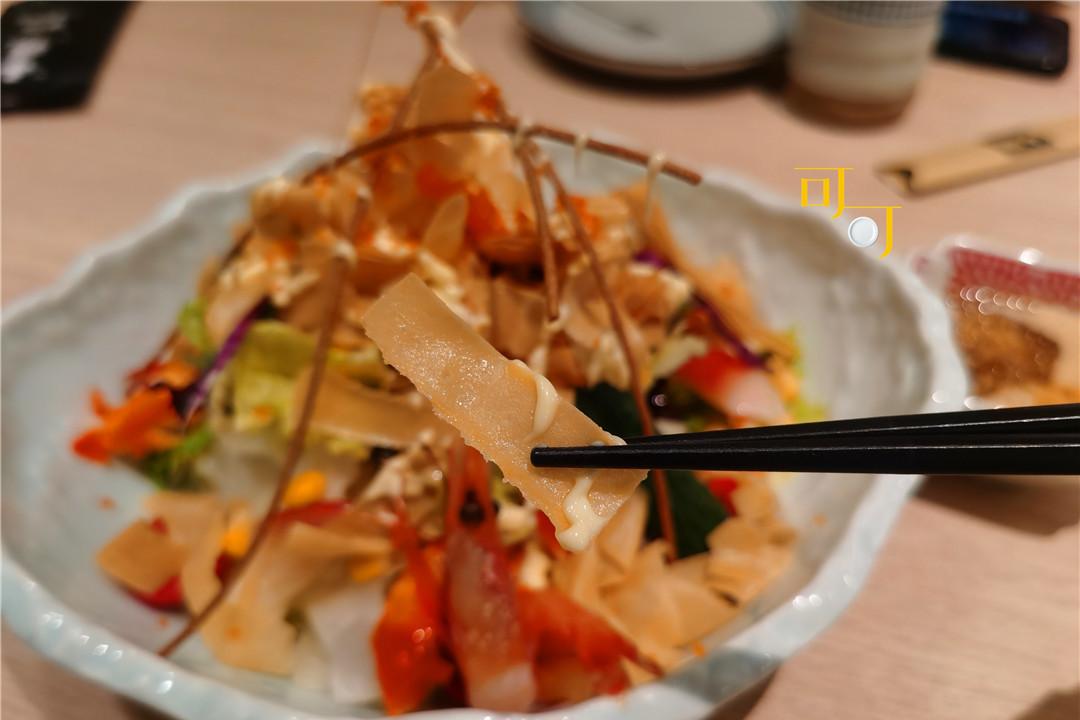 在阪急吃晚饭想省点钱,136元基本没吃饱,加个鲷鱼烧味道不错