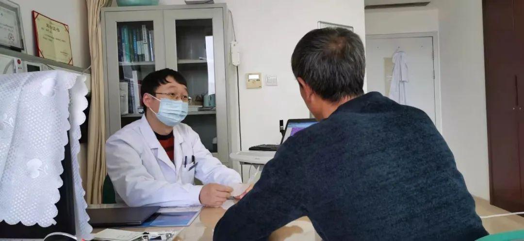 烟台海港医院首例完全腹腔镜下胃癌手术病人术后即将满五年,恢复良好