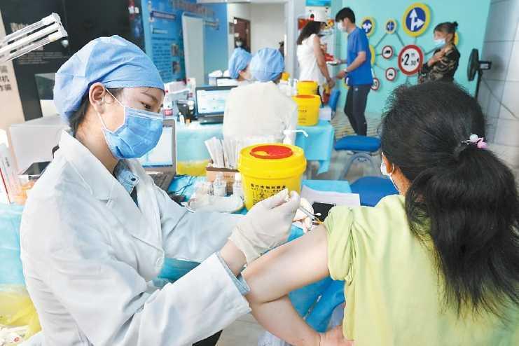 """海淀开打""""一针疫苗"""" 与其他疫苗可能出现的不良反应基本类似"""