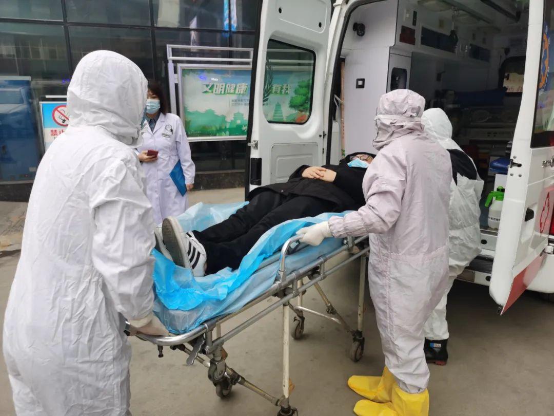 西安大兴医院开展新冠卒中患者急诊急救应急演练