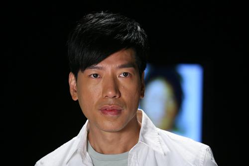 张耀扬:凭反派红极一时,却犯错葬送演员生涯,如今结局怪谁呢?