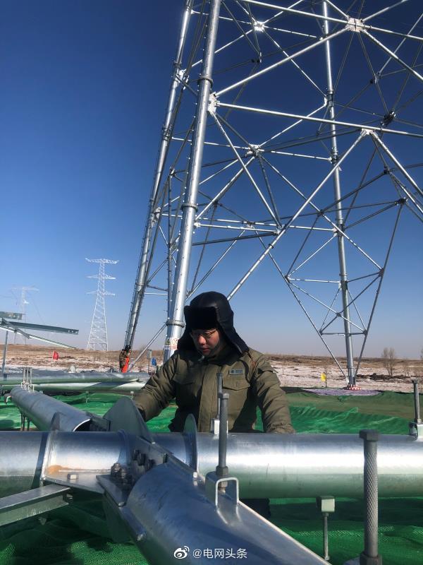 张北-雄安1000千伏特高压交流输变电工程通过72小时试运行
