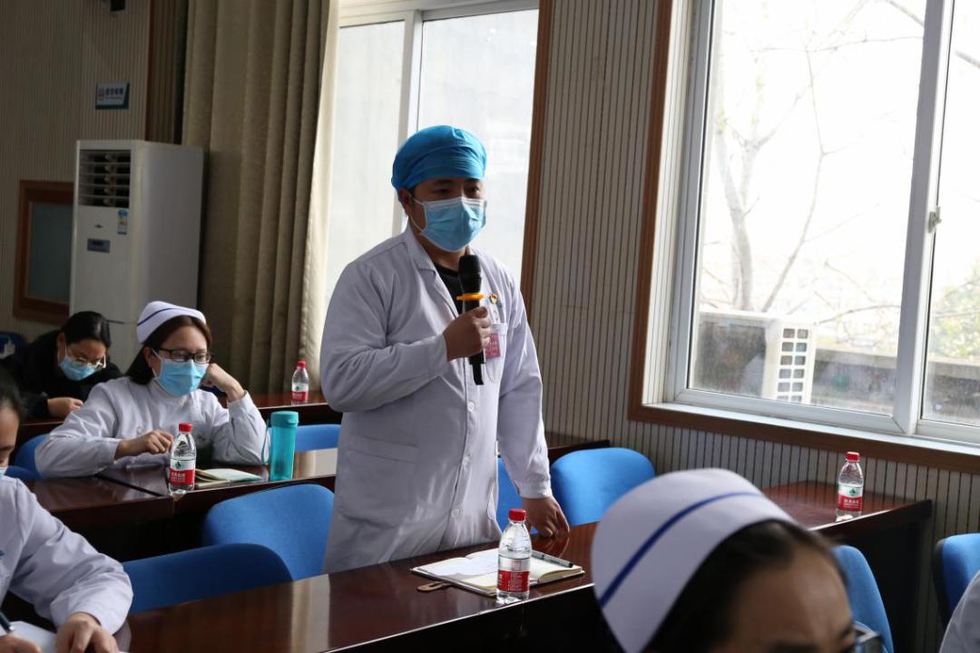中国慢病协同管理体系建设项目组在登封市人民医院举办慢病中心建设培训会
